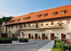 prague castle hotels, hotel lindner garden view