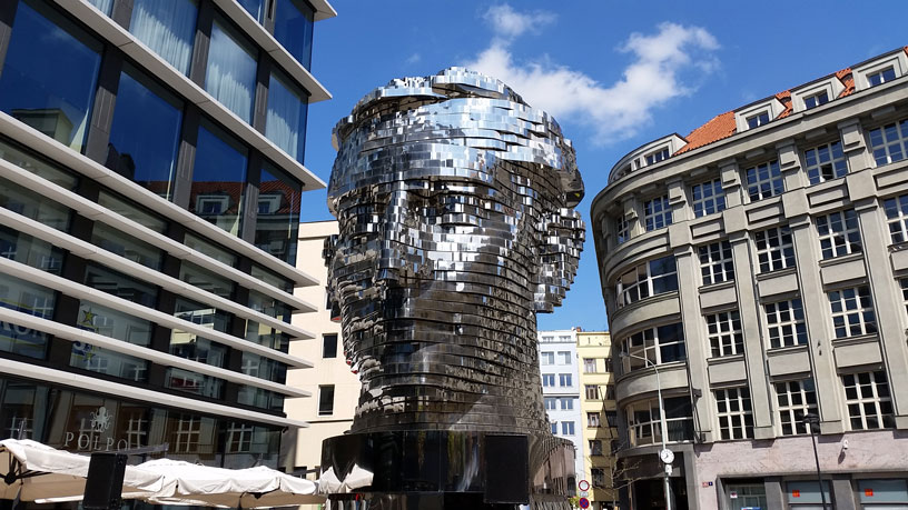 David Cerny Kafkas Head, Quadrio centre in Prague