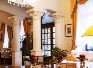 prague vinohrady hotels, reception of the hotel louren