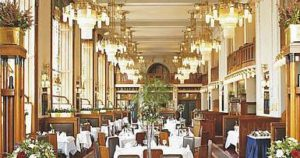 francouzska french restaurants in prague, interior