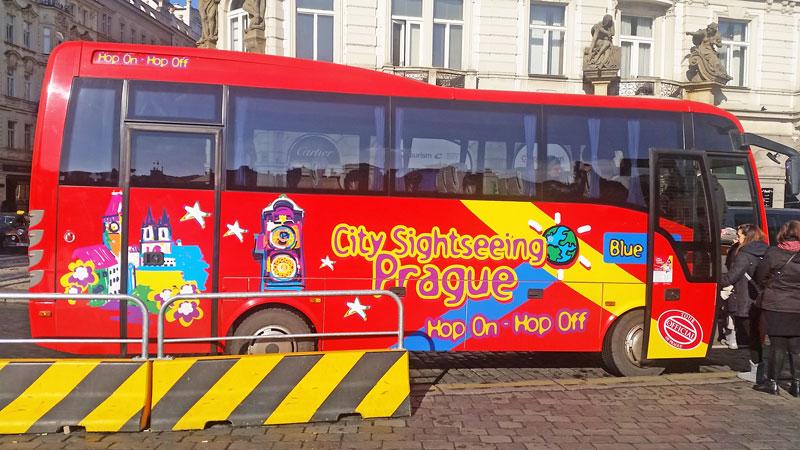 prague hop on hop off red bus