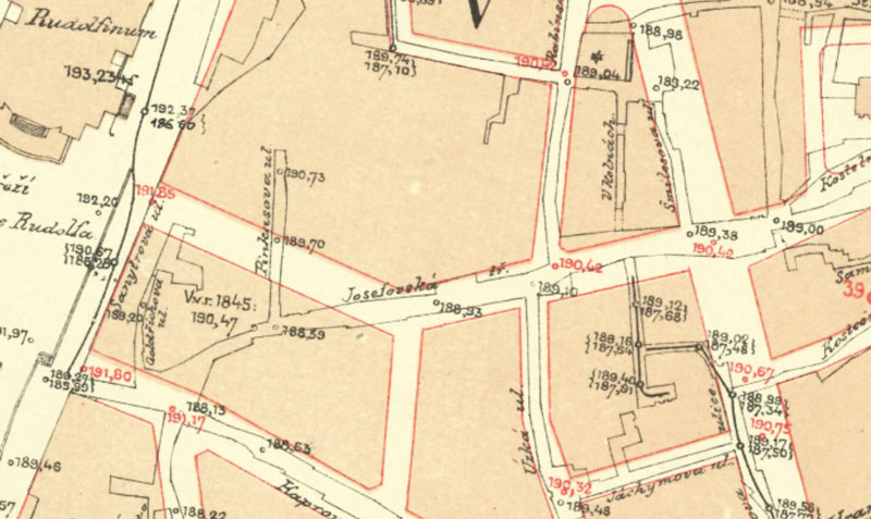 1889 map showing part of the prague jewish ghetto