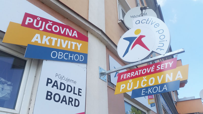 signs for hiring sports equipment in czech