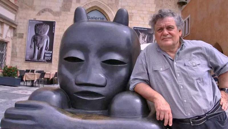 jaroslav rona and his little devil bronze sculpture in 2017