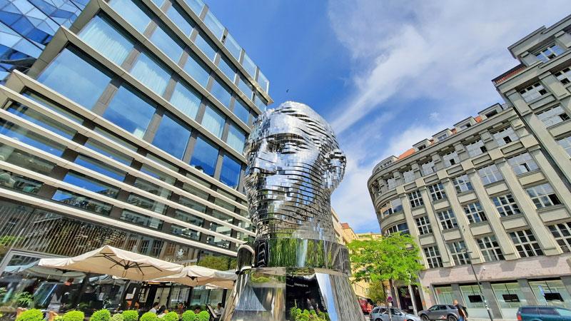 artistic moving sculpture of franz kafkas head by david cerny