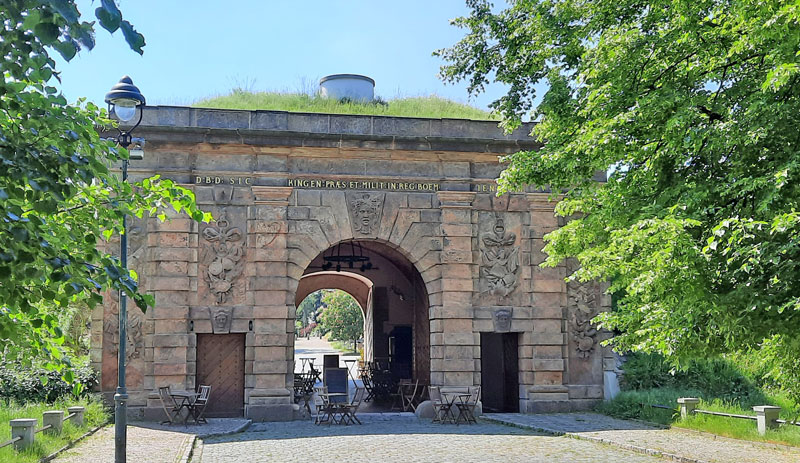 the prague castle fortified sand gate as seen from outside the old city wall in 1750