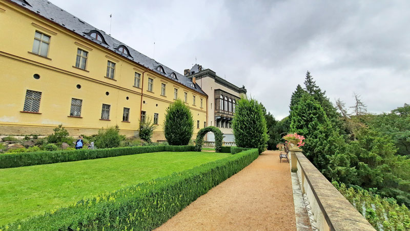 italian renaissance style rear garden at zbiroh castle